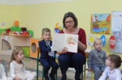 2018-09-28 - Biedronki - Mama Tadeusza czyta bajkę