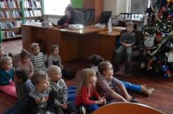 2019-01-04 - Biedronki - W bibliotece