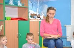 2019-12-16 - Rybki - Mama Antosia czyta bajkę